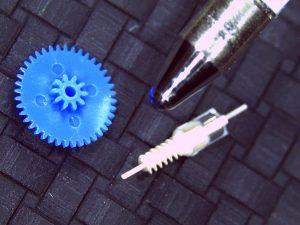 Zahnrad im Größenvergleich (Foto: MTH)