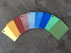 Jedes Farb-Masterbatch für Polyphtalamid wird individuell ausgearbeitet. (Foto: Deifel)