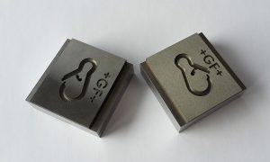 3D-gedruckte Metall-Formeinsätze erschließen höhere Standfestigkeiten sowie die Möglichkeit eine Werkzeugtemperierung/-kühlung zu integrieren. (Foto: Dr. Boy)