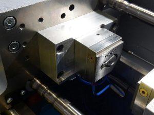 Montierter Metall-Formeinsatz. (Foto: Dr. Boy)