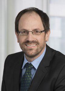 Dr.-Ing. Norbert Müller, Leiter des Technologiezentrums für Leichtbau-Composites. (Foto: Engel)