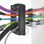 Das modulare Leitungsdurchführungssystem KDSClick mit Inlays und Dichtelementen aus TPEs bietet flexible Konfigurationsmöglichkeiten. (Foto: Conta-Clip)