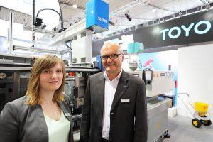 Die Geschäftsführer der Deckerform Injection GmbH: Franz Tschacha und Tochter Anna Tschacha. (Foto: Deckerform)
