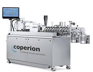 Die Doppelschneckenextruder ZSK Mc18 von Coperion eignen sich für die Herstellung von Masterbatchen mit hoher Qualität. (Foto: Coperion)