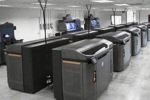 Mit der neuen Drucklösung Jet Fusion 3D 4210 erweitert HP sein 3D-Druckerportfolio für die Massenproduktion. (Foto: HP)