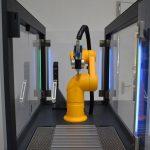 Toolcraft/Stäubli: Know-how-Aufbau mit Schulungszelle für Roboteranwendungen
