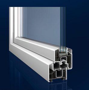 Fensterprofil Prestige mit Ecopowercore von Inoutic, das auf den umgerüsteten Co-Extrusionsanlagen von Battenfeld-Cincinnati hergestellt wurde. (Foto: Inoutic)