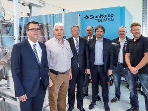 Die Partner von links nach rechts: Felix Oeser, Rainer Johnsen (beide Leonhard Fischer), Andreas Barth, Klaus Rahnhöfer (Sumitomo (SHI) Demag), Michael Hass, Ulrich Dierkes (Sumitomo (SHI) Demag), Thomas Wenzel. (Foto: Sumitomo (SHI) Demag)