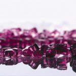 Evonik: Polyamid für leichte Brillen in Purple