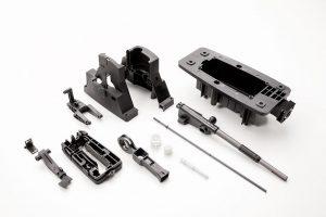 Das Gehäuse besteht aus vierzehn Gehäusekomponenten, die mit sehr engen Toleranzen gefertigt werden. (Foto: Weiss Kunststoffverarbeitung)