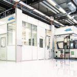 Reinraumsystem der ISO-Reinraumklasse 7 zum Spritzgießen von Medizinbauteilen. (Foto: Schilling Engineering)
