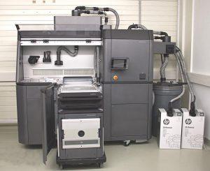 Die zugehörige Auspack- und Materialhandlingstation HP Jet Fusion Process Station. (Foto: NMB)
