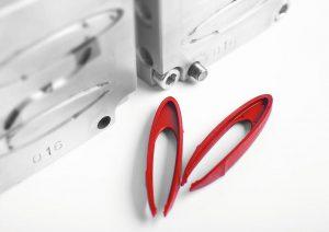 Bahsys zeigt u. a. Werkzeugeinsätze, wie hier für eine Pinzette. (Foto: Barlog)