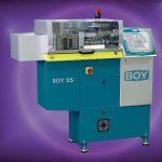Boy XS mit 8-mm-Silikoneinheit für die UV-Vernetzung von LSR. (Foto: Dr. Boy)