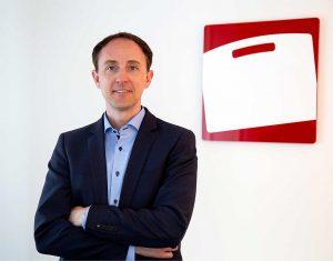 """W.AG-Geschäftsführer Konrad Goldbach: """"Mit den neuen Maschinen werden wir leistungsfähiger und flexibler bei der Umsetzung vieler Kundenwünsche."""" (Foto: W.AG)"""