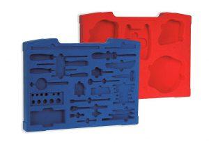 Neu im Programm ist die Möglichkeit, Koffer-Inlays aus farbigen Plattenschäumen zu fertigen. (Foto: W.AG)