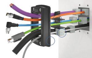Leitungsdurchführungssystem KDSClick von Conta-Clip, gefertigt mit halogenfrei flammwidrigem und UL94 V0-gelistetem TPE Thermolast K von Kraiburg TPE. (Foto: Conta-Clip)