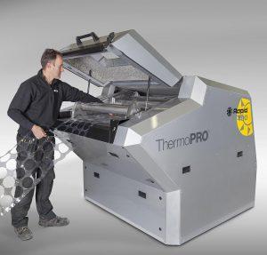 Der neue ThermoPro-Granulator ist für die Inline Zerkleinerung an Themoformanlagen maßgeschneidert. (Foto: Rapid Granulator)