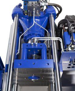 Das zentralhydraulische Schließsystem sorgt für eine werkzeugschonende Krafteinleitung und schnelle Bewegungen. (Foto: Wittmann Battenfeld)