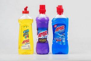 Reinigungsmittel der Marke Amir Clean für verschiedene Anwendungen. (Foto: KHS)