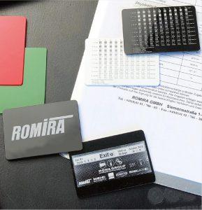 Je nach Basispolymer und Beschriftungsaufgabe werden unterschiedliche Anforderungen an die Materialtechnologie für das Lasermarkieren gestellt. (Foto: Romira)
