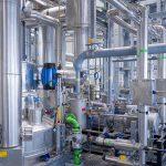 In diesem Leitungsgeflecht wird APK ab November jährlich 8.000 t Kunststoffabfälle mit dem Newcycling-Verfahren in nahezu neuwertiges PE und PA verwandeln. (Foto: APK)