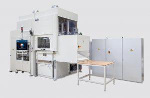 Die Plattenformmaschine des Typs UA 100g ist ausgelegt für das Thermoformen von Plattenzuschnitten. (Foto: Illig)