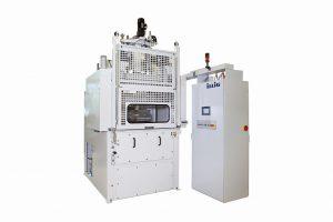 Die UA 100Ed ist für kleinere bis mittlere Losgrößen konzipiert und ideal als Test- und/oder Labormaschine einsetzbar. (Foto: Illig)