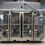 Heizelementschweißanlage Toolmaster CC für das Schweißen von Mittelkonsolen. (Foto: KLN)