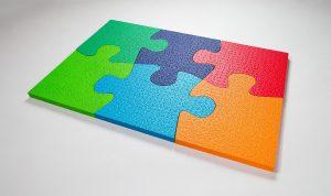 Statt wie bisher in Weiß kann Schaumaplast Formteile aus E-TPU-Hochleistungs-Kunststoff für zahlreiche Anwendungen farbig anbieten. (Foto: BASF)