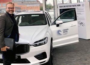 Produktmanager Fredrik Holst bei der Enthüllung des Concept Cars beim Volvo Ocean Race in Göteborg. (Foto: Polykemi)
