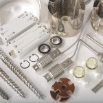 Abb. 1: Ob Labormühle, Rheometer, Viskosimeter oder Extruder: Brabender sichert weit über 10 Jahre hinweg die Funktionsfähigkeit seiner Geräte durch die passenden Ersatzteile. (Foto: Brabender)