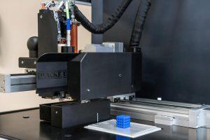 Mit der Aceo-Technologie lassen sich mit Siliconelastomeren komplexe Geometrien für das Rapid Prototyping oder die Serienfertigung realisieren. (Foto: Wacker)