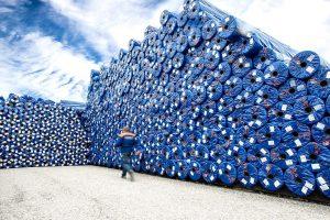Aus Kunststoff-Faserabfällen produziert TenCate das eigene Verpackungsmaterial. (Foto: TenCate Geosynthetics)