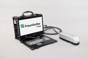 Handgehaltener Terahertz-Sensor für den mobilen Einsatz. (Foto: Fraunhofer ITWM)