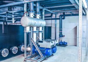 Zu den zahlreichen energiesparenden Konstruktionsmerkmalen der Kälteanlagen Ecopro 2.0 gehören bedarfsgerecht regelbare Pumpen. (Foto: L&R)