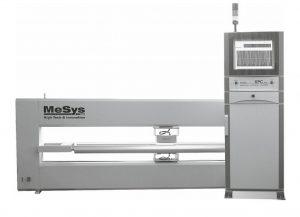 Das nicht radiometrische Messsystem USMX 200 misst inline das Gewicht und die Dicke flachbahniger Materialien. (Foto: MeSys)