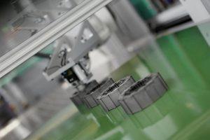 Im ProLemo-Rotor finden magnetisierbare und weichmagnetische Compounds von Barlog Einsatz. (Foto: Arburg)