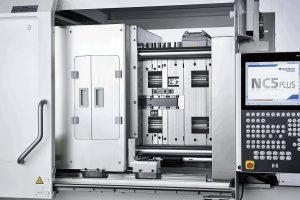 Die GMP-gerechte Ausführung des Werkzeugbereichs schützt vor Staubpartikeln und gewährleistet eine kontaminationsfreie Produktion. (Foto: Sumitomo (SHI) Demag)