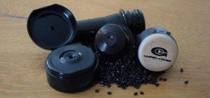 Mit NIR-detektierbarem Masterbatch werden rußhaltige Kunststoff-Artikel sortierbar. (Foto: Gabriel-Chemie)