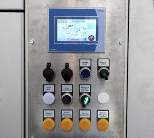 Farbiges Touchscreen und viele Sensoren: Ausschnitt aus dem Bedienfeld einer großen Zentralmühle mit integrierter Zu- und Abführtechnik. (Foto: Getecha)