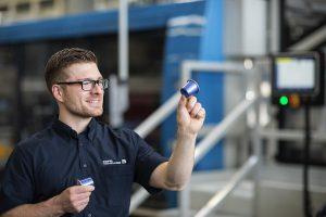 Optimierungen entlang der gesamten Becherformanlage KTR 5.2 Speed sorgen für erhebliche Leistungssteigerungen und Prozessverbesserungen bei der Herstellung von Bechern und Kaffeekapseln. (Foto: Kiefel)