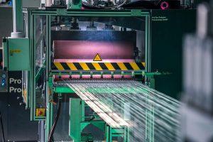 Mit einer High-Speed-Aufrüstung lässt sich die Produktionsgeschwindigkeit bestehender LFT-Pultrusionsanlagen von Protec zur Fertigung hochwertiger langfaserverstärkter Thermoplast-Pellets unkompliziert erhöhen und die Menge der produzierten Pellets deutlich steigern. (Foto: Protec)