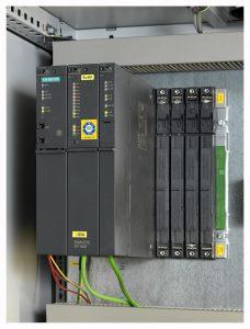 Mit einer Prozesssteuerung Simatic PCS 7 sind schnelle Produktionswechsel innerhalb der Linien problemlos möglich, was die Produktionszeit verkürzt und die Flexibilität der Anlagen erhöht. (Foto: Siemens)