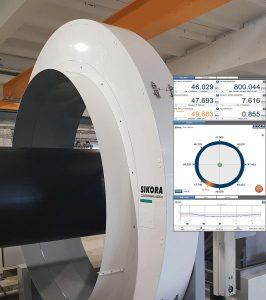 Mit der Millimeterwellen-Technologie vermisst das neue System Rohre bis zu einem Durchmesser von 1.600 mm während der Extrusion. (Foto: Sikora)