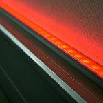 Transluzenter Wetterschutz: Gehäusesystem für Lichtleisten aus hochwärmebeständigem PVC. (Foto: SLS)