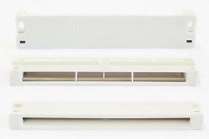 Fensterfalzlüfter, bestehend aus 5 Einzelkomponenten (Foto: Wittmann Battenfeld)