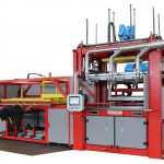 Neueste Version der Tiefziehmaschine CREA 1510-06 mit Lösungen für schnellen Werkzeugwechsel, flexiblen Einsatz verschiedener Kunststoffplatten, geregelter Heizung. (Foto: Cannon)