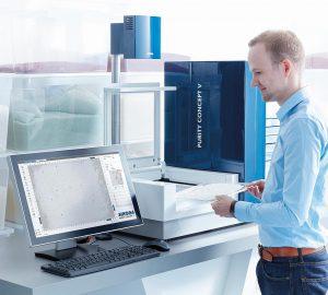 Purity Concept V zur optischen Stichprobeninspektion von Kunststoffgranulat wird auf der K live mit Kundenmaterialien vorgestellt. (Foto: Sikora)