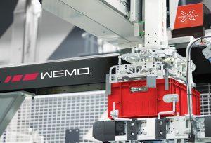 Auf der K 2019 können Besucher am Wemo-Stand mehr über die Wemo xPacker-Verpackungslinie erfahren. (Foto: Wemo)